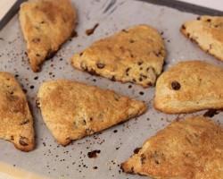Chocolate Chip Scones Recipe – Laura Vitale – Laura in the Kitchen Episode 462
