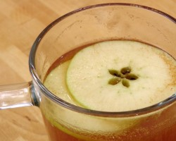 Spiced Apple Cider Recipe – Laura Vitale – Laura in the Kitchen Episode 229