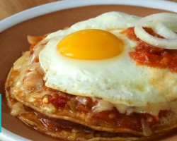 Huevos Rancheros Especial Recipe |  Hilah Cooking