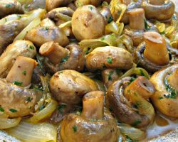 Garlic Mushrooms and Onions – Side Dish or Over Steak – PoorMansGourmet